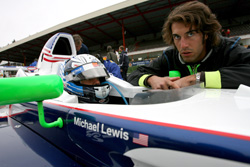 michael-lines-up-p3-on-the-grid
