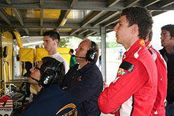 Watching Pau Qualify