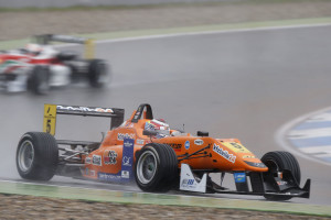 American Michael Lewis captured his 8th Top-10 finish of the 2013 FIA Formula 3 European Championship at the season-ending Race 30 at Germany's Hockenheimring, on Sunday, October 20. Photos by Thomas Suer.