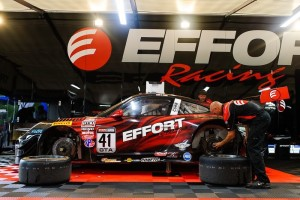 The EFFORT Racing team prepares the No. 41 EFFORT Racing/Curb-Agajanian Porsche 911 GT3 R for driver Michael Lewis before he qualified for the Grand Prix of St. Petersburg on Friday, March 27.
