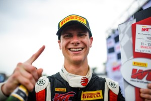 After winning Rounds 3 and 4 of the Pirelli World Challenge in St. Petersburg, Florida, Michael Lewis and the EFFORT Racing Team carry that momentum into Long Beach this weekend for Round 5.