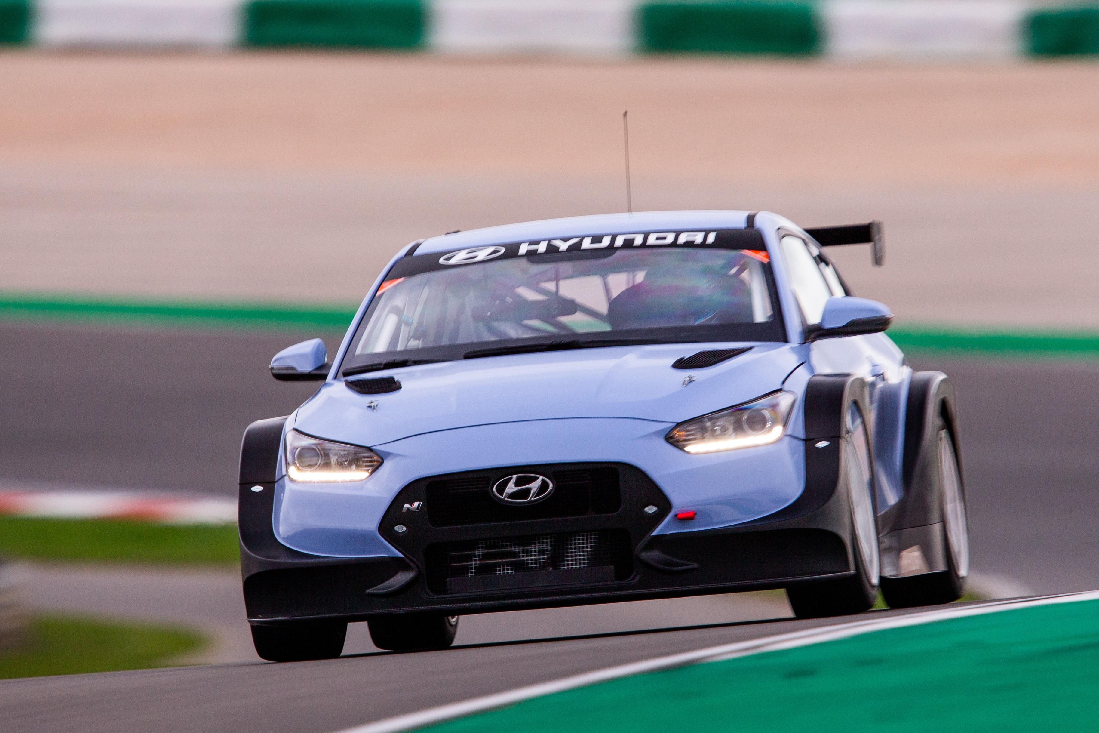 Michael Lewis Returns To Bryan Herta Autosport For IMSA Competition